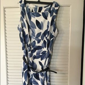 Dress barn dress sleeveless 16 blue and white